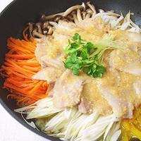 野菜たっぷり豚肉のジンジャー蒸しの写真