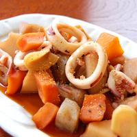 いかと根菜のうま煮の写真