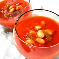 大豆の冷製トマトスープの写真