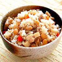 五目豆ご飯の写真