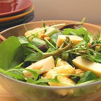 山菜サラダの写真