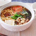 山菜鍋焼きうどんの写真