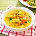 ひよこ豆とカリフラワーの豆乳カレースープの写真